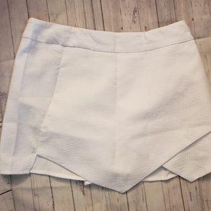 ADORABLE WRAPPED LOOK SKORT dressy shorts